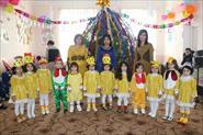 Танец  ,,Циплят ''  Все костюмы я сама готовила для детей своими руками.  Обожаю шить платья и костюмы.