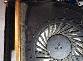 Чистка вентелятора и замена термапасты