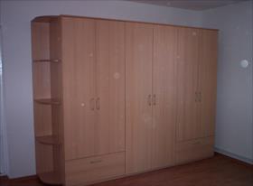 Шкаф также мною изготовлен и собран.