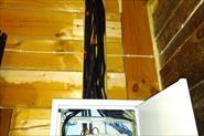 Сборка щита и разводка проводов в кабель канале.
